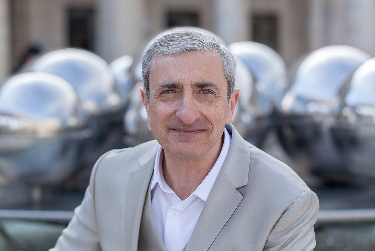 Luc Benhamou, Fondateur et Président de : The International Foundation Of Soul Healers – Paris